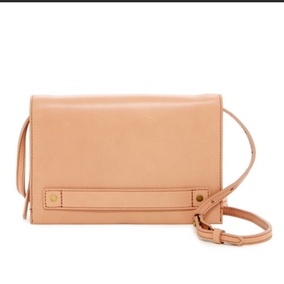 Cheap Crossbody Clutch Deals & Crossbody Clutch Sales